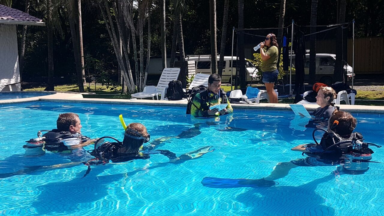 Can I get a job in the Scuba Diving Industry? – Things to think about